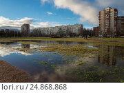 Парк в Калининском районе. Стоковое фото, фотограф Александр Громов / Фотобанк Лори