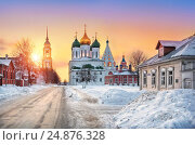 Купить «Вечерний свет Коломны. Evening light of Kolomna», фото № 24876328, снято 10 февраля 2012 г. (c) Baturina Yuliya / Фотобанк Лори