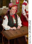 Женщина в народном костюме. Редакционное фото, фотограф Лазаренко Светлана / Фотобанк Лори