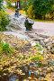 Девушка с разбитым кувшином. Город Пушкин, эксклюзивное фото № 24901236, снято 7 октября 2016 г. (c) Александр Щепин / Фотобанк Лори