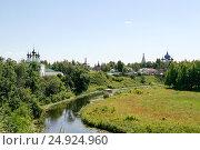 View on the river Kamenka, Russia, Suzdal (2014 год). Стоковое фото, фотограф Денис Фоломеев / Фотобанк Лори