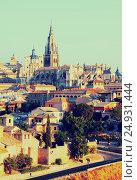 Купить «Toledo Cathedral in summer morning», фото № 24931444, снято 23 августа 2013 г. (c) Яков Филимонов / Фотобанк Лори