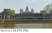 Купить «Angkor Wat temple in Siem Reap, Cambodia», видеоролик № 24979756, снято 7 декабря 2016 г. (c) Михаил Коханчиков / Фотобанк Лори