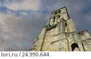 Купить «Basilica of Saint-Martin, Tours, France», видеоролик № 24990644, снято 28 января 2017 г. (c) Владимир Журавлев / Фотобанк Лори