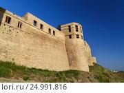Купить «Naryn-Kala fortress gate. Khan's chancery in Derbent», фото № 24991816, снято 9 сентября 2016 г. (c) Elena Odareeva / Фотобанк Лори