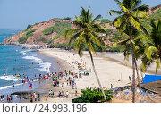 Индия, Северный Гоа. Вид на пляж Вагатор (2017 год). Редакционное фото, фотограф Павел Сапожников / Фотобанк Лори