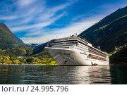 Купить «Cruise Liners On Geiranger fjord, Norway», фото № 24995796, снято 20 июля 2016 г. (c) Андрей Армягов / Фотобанк Лори