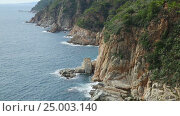 Купить «coastline of Costa Brava», видеоролик № 25003140, снято 31 октября 2016 г. (c) Яков Филимонов / Фотобанк Лори