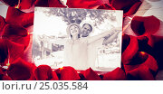 Купить «Composite image of card with red rose petals», фото № 25035584, снято 19 марта 2019 г. (c) Wavebreak Media / Фотобанк Лори