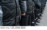 Купить «Prison. The prisoners stand in formation. Russian Penal System. Winter collection», видеоролик № 25058884, снято 3 февраля 2017 г. (c) Mikhail Erguine / Фотобанк Лори