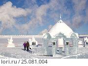 Купить «Ледяные постройки», фото № 25081004, снято 4 февраля 2017 г. (c) Александр Фролов / Фотобанк Лори