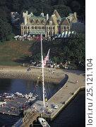 Купить «The New York Yacht Club's (NYYC) clubhouse, Harbour Court, on Newport harbour, Rhode Island.», фото № 25121104, снято 23 июля 2018 г. (c) Nature Picture Library / Фотобанк Лори