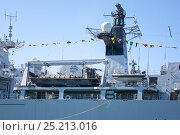 Купить «Detailed view of HMS Bulwark's landing craft and RIB, Royal Navy flagship and helicopter assault ship, moored in the Alexandra Dock, during the  Battle...», фото № 25213016, снято 15 августа 2018 г. (c) Nature Picture Library / Фотобанк Лори