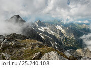 Купить «Lomnicky Peak, 2634m, one of the highest mountain peaks in the High Tatras mountains of Slovakia June 2012.», фото № 25240108, снято 15 августа 2018 г. (c) Nature Picture Library / Фотобанк Лори