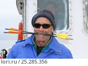 Купить «Bob Pitman, scientist, on board the 'Golden Fleece' with Killer whale blubber samplers in his mouth, Antarctica, Taken on location for BBC Frozen Planet series, January 2009», фото № 25285356, снято 13 декабря 2017 г. (c) Nature Picture Library / Фотобанк Лори
