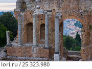 Купить «Ruins of a Greek theatre in Taormina, Italy, October 2007», фото № 25323980, снято 20 июля 2018 г. (c) Nature Picture Library / Фотобанк Лори