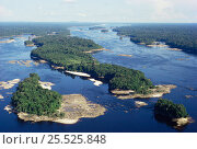 Купить «Aerial view of Amazonia, Brazil. Upper Rio Negro at equator.», фото № 25525848, снято 20 августа 2018 г. (c) Nature Picture Library / Фотобанк Лори