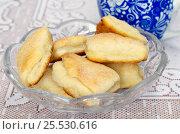Купить «Домашнее творожное печенье в сахаре», эксклюзивное фото № 25530616, снято 17 января 2017 г. (c) Елена Коромыслова / Фотобанк Лори
