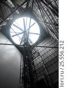 Купить «Сухая градирня Адлерской ТЭС», эксклюзивное фото № 25556212, снято 28 июня 2012 г. (c) Анна Мартынова / Фотобанк Лори