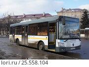 Купить «Автобус ЛиАЗ-4292.60 на автостанции в городе Подольске», фото № 25558104, снято 11 февраля 2017 г. (c) Павел Москаленко / Фотобанк Лори