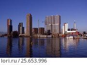 Купить «Cityscape of Rotterdam, Netherlands», фото № 25653996, снято 5 января 2017 г. (c) Stockphoto / Фотобанк Лори