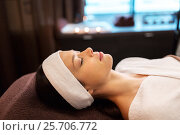 Купить «young woman with headband lying in spa parlor», фото № 25706772, снято 26 января 2017 г. (c) Syda Productions / Фотобанк Лори