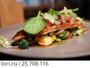 Купить «Fish fillet with vegetables and potatoes», фото № 25708116, снято 16 февраля 2016 г. (c) Федор Кондратенко / Фотобанк Лори