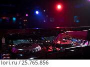 Купить «Dj in nightclub», фото № 25765856, снято 17 ноября 2016 г. (c) Raev Denis / Фотобанк Лори