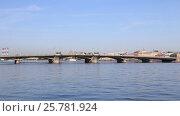Купить «Благовещенский мост в Санкт-Петербурге», видеоролик № 25781924, снято 1 июня 2016 г. (c) Сергей Дубров / Фотобанк Лори