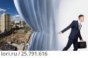 Агент по продаже недвижимости. Стоковое фото, фотограф Владимир Мельников / Фотобанк Лори