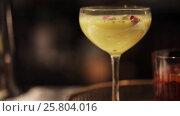 Купить «glasses of cocktails at bar», видеоролик № 25804016, снято 9 февраля 2017 г. (c) Syda Productions / Фотобанк Лори
