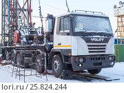 Купить «Установка для капитального ремонта нефтяных и газовых скважин УПА80», эксклюзивное фото № 25824244, снято 6 февраля 2017 г. (c) Александр Щепин / Фотобанк Лори