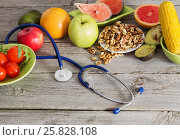 Купить «Healthy food for the heart», фото № 25828108, снято 23 марта 2017 г. (c) Майя Крученкова / Фотобанк Лори