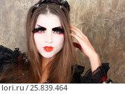 Купить «Girl in kimono and traditional Japanise makeup raises a hand to hair studio shot», фото № 25839464, снято 17 ноября 2014 г. (c) Losevsky Pavel / Фотобанк Лори