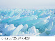Купить «Сибирь, голубой лед Байкала», фото № 25847428, снято 23 февраля 2019 г. (c) Овчинникова Ирина / Фотобанк Лори
