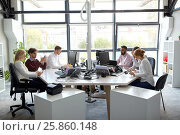business team with computers working at office, фото № 25860148, снято 1 октября 2016 г. (c) Syda Productions / Фотобанк Лори