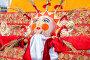 Масленица в России. Большая кукла для сжигания на традиционном карнавале, фото № 25860208, снято 26 февраля 2017 г. (c) FotograFF / Фотобанк Лори