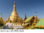 Купить «Shwedagon Paya is the most sacred golden buddhist pagoda in Yangon, Myanmar», фото № 25905924, снято 26 марта 2019 г. (c) BE&W Photo / Фотобанк Лори