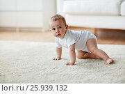 Купить «little baby in diaper crawling on floor at home», фото № 25939132, снято 12 июля 2016 г. (c) Syda Productions / Фотобанк Лори