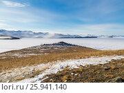 Купить «Остров Огой, озеро Байкал», фото № 25941140, снято 12 марта 2017 г. (c) Илья Бесхлебный / Фотобанк Лори