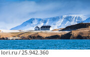 Icelandic landscape with snowy mountains (2017 год). Стоковое фото, фотограф EugeneSergeev / Фотобанк Лори