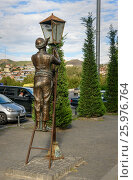 Купить «Statue of lamplighter in Tbilisi, Georgia», фото № 25976764, снято 25 сентября 2016 г. (c) Elena Odareeva / Фотобанк Лори