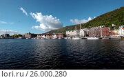 Купить «Port of old Hanseatic in Bergen, Norway», видеоролик № 26000280, снято 15 апреля 2017 г. (c) Андрей Армягов / Фотобанк Лори