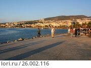 Купить «Турция. Закат на набережной города Кушадасы.», фото № 26002116, снято 4 октября 2009 г. (c) Victor Spacewalker / Фотобанк Лори