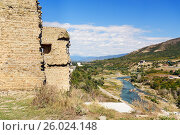 Купить «Bebris Tsikhe Fortress and view on Aragvi river. Mtskheta, Georgia», фото № 26024148, снято 26 сентября 2016 г. (c) Elena Odareeva / Фотобанк Лори