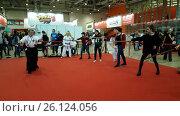 Купить «People learn to use Japanese swords», видеоролик № 26124056, снято 23 апреля 2017 г. (c) Антон Гвоздиков / Фотобанк Лори