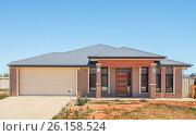 Купить «Modern Suburban House», фото № 26158524, снято 11 января 2014 г. (c) Кропотов Лев / Фотобанк Лори