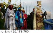 Купить «Ceremony of welcoming the three kings at the port», видеоролик № 26189760, снято 5 января 2017 г. (c) Яков Филимонов / Фотобанк Лори