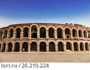 Купить «Арена ди Верона - античный римский амфитеатр в Вероне, Италия», фото № 26210224, снято 21 апреля 2017 г. (c) Наталья Волкова / Фотобанк Лори