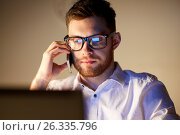 Купить «businessman calling on smartphone at night office», фото № 26335796, снято 26 ноября 2016 г. (c) Syda Productions / Фотобанк Лори